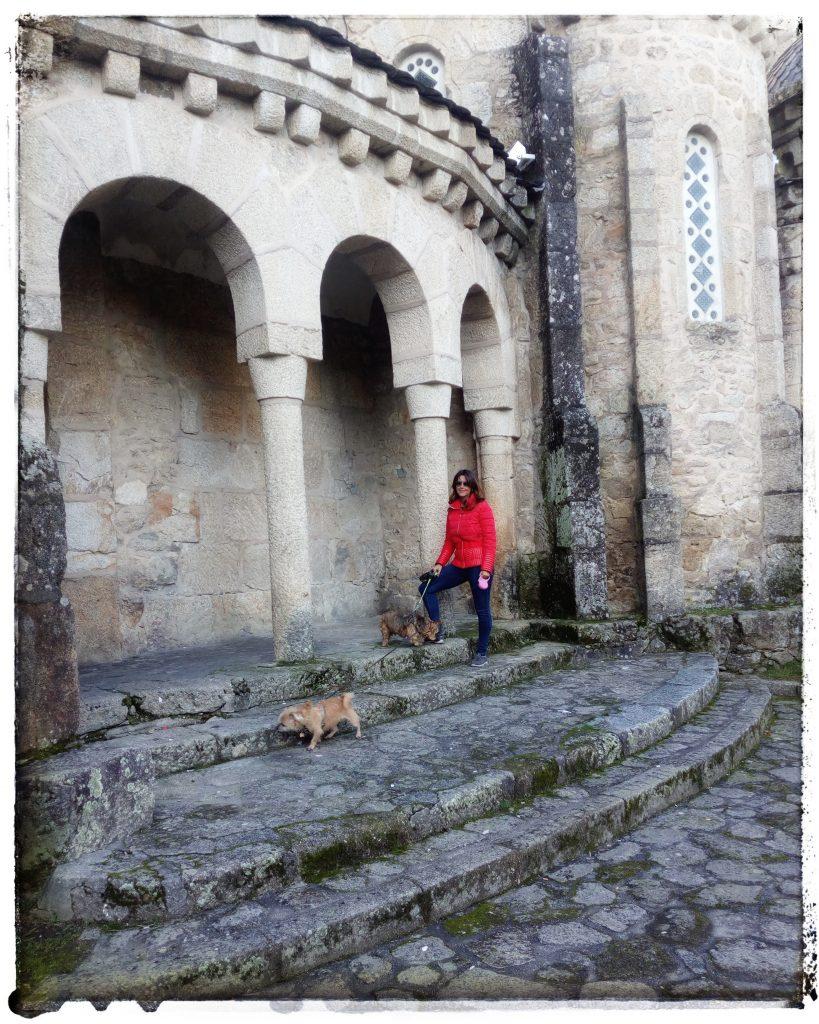 @laura_naturalmente Templo de la Vera Cruz en O Carballiño