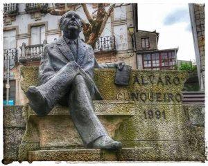 @lauranaturalmente Estatua de Álvaro Cunqueiro realizada por Puchades. 1991 - Mondoñedo ciudad Pueblo de Mondoñedo