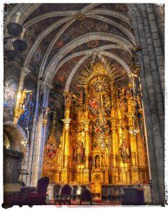 @lauranaturalmente Altar Mayor de la Catedral de Mondoñedo - Mondoñedo ciudad Pueblo de Mondoñedo