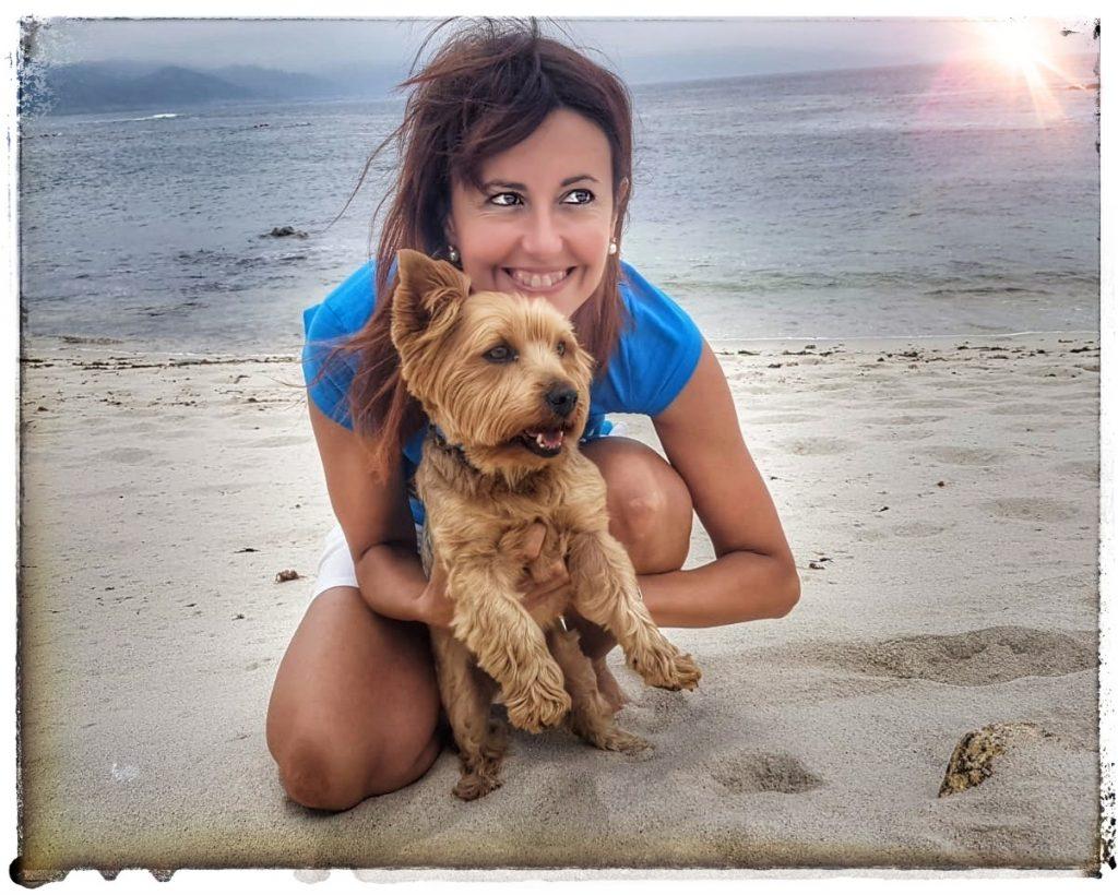 @lauranaturalmente Laura y Ulises rutas de senderismo rutas de montaña  con mi yorkshire terrier a todas partes rutas de playa