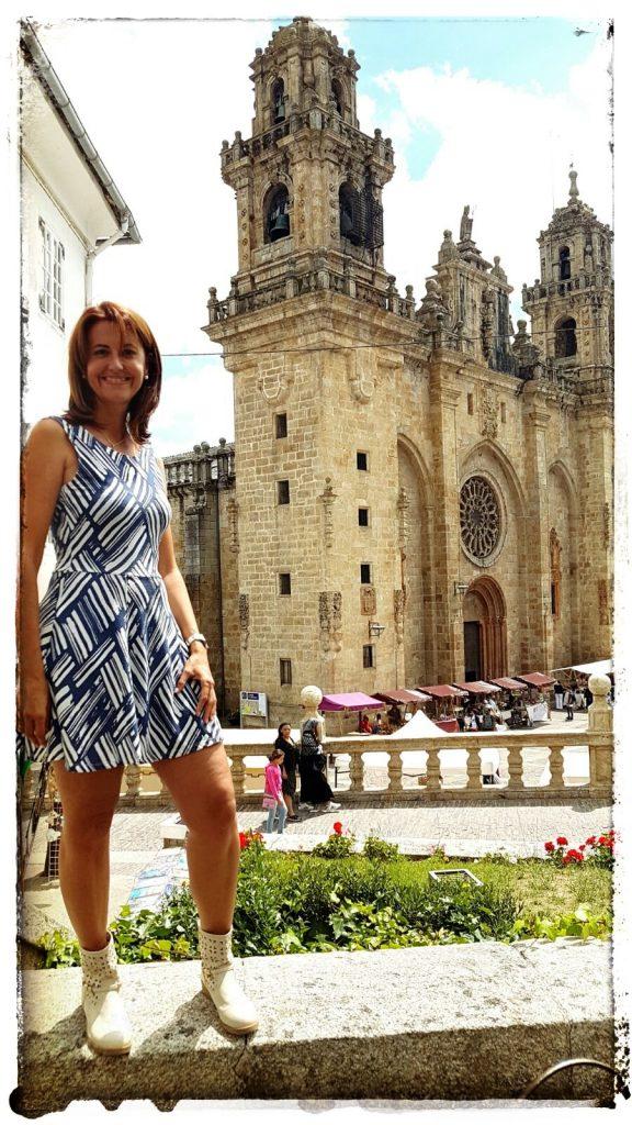 @lauranaturalmente Mondoñedo - Plaza de la Catedral de Mondoñedo