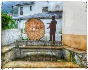 @lauranaturalmente Fuente Dos Pelamios o 4 caños en el Barrio dos Muiños en Mondoñedo - Mondoñedo ciudad Pueblo de Mondoñedo