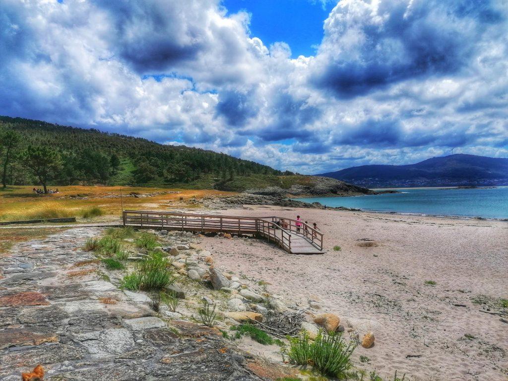 @lauranaturalmente Playa de Balares en Ponteceso