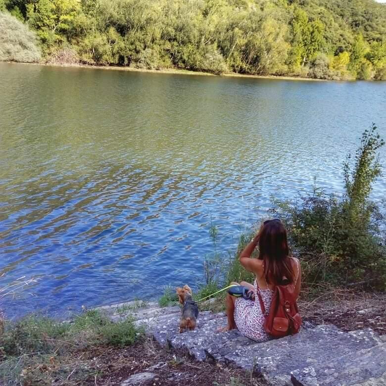 @lauranaturalmente al lado del río Sil en Cobas o Covas...  Ourense